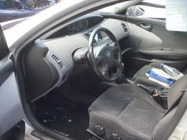 Nissan Primera. Zibintai xsenon. dalimis.UAB