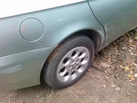 Alfa Romeo 156 dalimis. Iš prancūzijos. esant