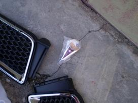 Pontiac Vibe dalimis. 2.4l