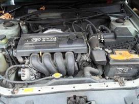 Toyota Avensis dalimis. Galimas detalių