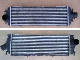 Nissan Primastar kondicionieriaus radiatorius