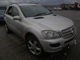 Mercedes-benz Ml280 dalimis. Vairas desineje,