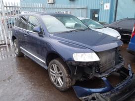 Volkswagen Touareg. Visas auto ardomas