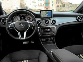 Mercedes-benz 300 Gd oro pagalvės
