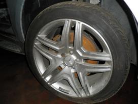 Mercedes-benz Ml klasė dalimis. 5.0i dalimis
