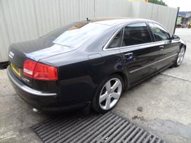 Audi A8. Angliskas automobilis, 6 begiu