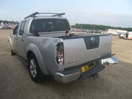 Nissan Navara. 2.5 tdi mechanika dalimis is