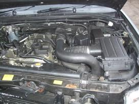 Nissan Navara. доставка бу запчастей с