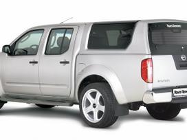 Nissan Navara. Priekinis žemas lankas nissan