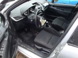 Peugeot 207 dalimis. Turime ivairiu