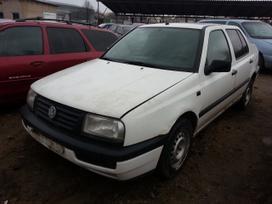 Volkswagen Vento dalimis. Prekyba