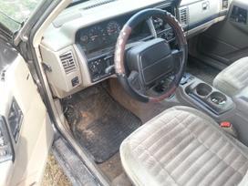 Jeep Grand Cherokee. Amerikietiškų