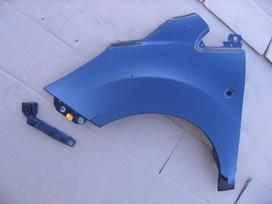 Ford Ka. Kapotas žibintas l   detalės
