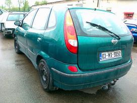 Nissan Almera Tino. 1.8 i.