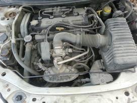 Dodge Stratus. Amerikietiškų automobilių