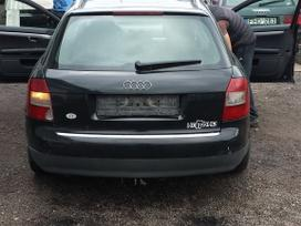 Audi A4 dalimis. Audi a4 02m. 2.5tdi 132kw,