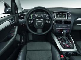 Audi Q5 dalimis. ! naujos originalios