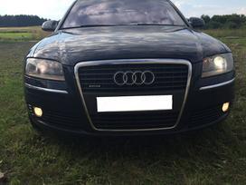 Audi A8 dalimis. Audi a8 longas, europa,