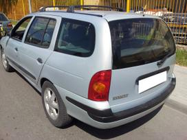 Renault Megane dalimis. Turime ir daugiau