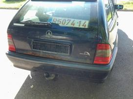 Mercedes-benz C klasė dalimis. Superkame