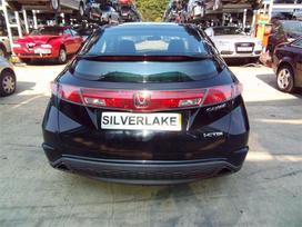 Honda Civic. Automobilis su panoraminiu stogu