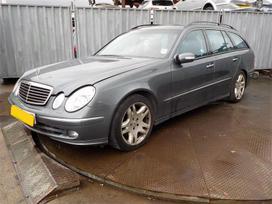 Mercedes-benz E320. xenonai, oda, navi, airmatic