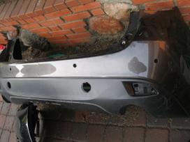 Mazda 3. Buferiai-groteles-parktronikai