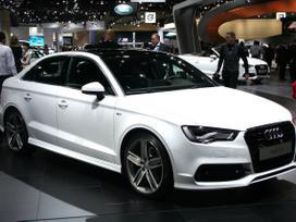 Audi A3. Naujų orginalių detalių užsakymas