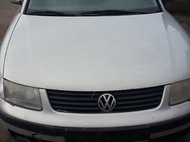 Volkswagen Passat. .) vw passat 2000 m. 16