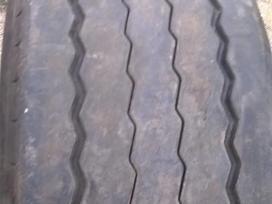 Pirelli St01, kita 385/55 R22,5