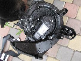 Toyota Auris. Pr.-buferis- ventiliatorius