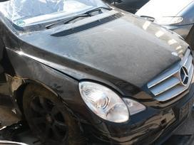 Mercedes-benz R320 dalimis. R 320 rida