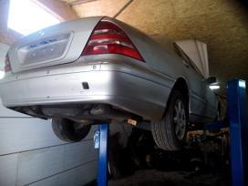 Mercedes-benz S klasė dalimis. Automobilių