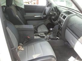 Dodge Nitro dalimis. 121000km rida