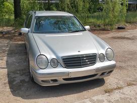 Mercedes-benz E270 aksesuarai ir