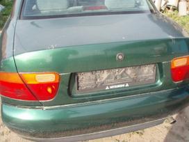 Mitsubishi Carisma dalimis. Audi a4 97m 1