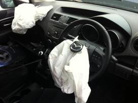 Mazda 5. Dalis siunciu.detali vysylaju