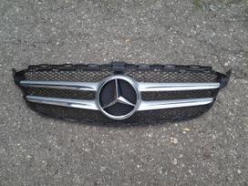 Mercedes-benz C klasė. Amg paketas ir kitos