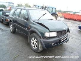 Opel Frontera. yra benzininė 2,2litro