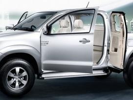 Toyota Hilux dalimis. ! tik naujos