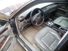 Audi A8 dalimis. Automobiliu dalys.