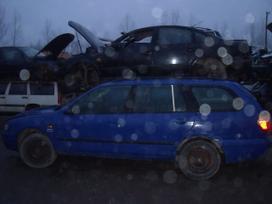 Nissan Primera. Dalimis