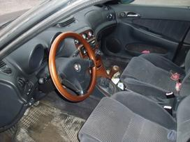 Alfa Romeo 156. Dalimis