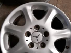 Mercedes-benz lengvojo lydinio R16