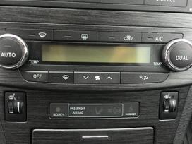 Toyota Avensis, 2.0 l., universalas