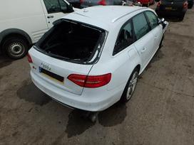 Audi S4 dalimis. Naujai ardomas automobilis