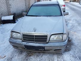 Mercedes-benz C klasė. Dalimis superkame