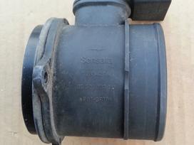 Peugeot 307 vandens radiatorius