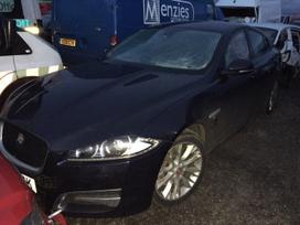 Jaguar Xf. Dalimis