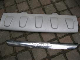 Toyota Rav4. buferis -